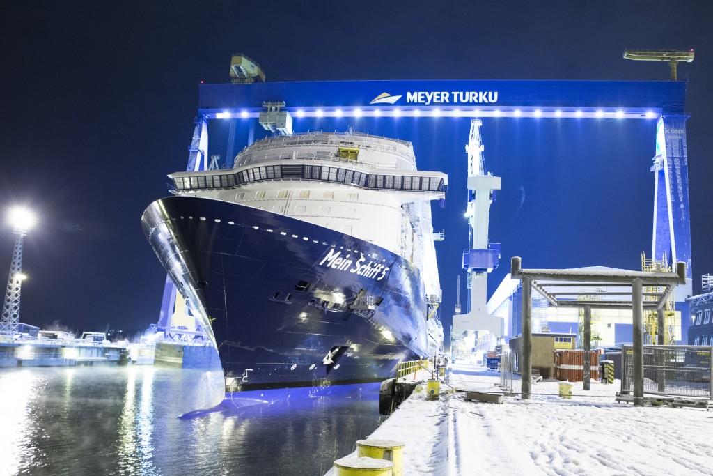MeinSchiff5_floatout6 (2)